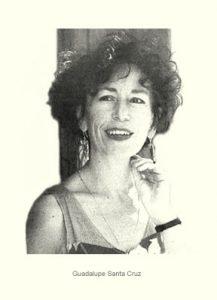 """El arte y feministas chilenas le dicen """"hasta pronto"""" a la escritora Guadalupe Santa Cruz"""