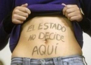 """Despenalización del Aborto: """"El mundo entero mira el debate chileno"""""""