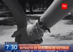 Carolina Carrera analiza el caso de mujeres que tardan en atreverse a denunciar hechos de violencia y que posteriormente se retractan.