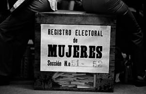 El otro análisis electoral: Mujeres siguen (casi) invisibles en la política local