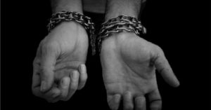 En programa Viceversa de Radio Universidad de Chile, Camila Maturana habla sobre el tráfico de personas