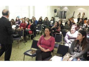 Realizan el primer seminario de violencia contra la mujer en natales