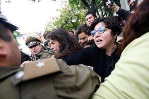 Informe sobre violencia policial en Latinoamérica llama a frenar la represión estatal y garantizar derechos de protesta