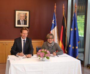 Embajada Alemania entrega apoyo a Corporación Humanas para incorporar perspectiva de género en reforma al Código Penal