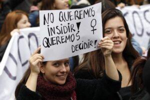 Organizaciones envían carta a los partidos políticos para solicitar la incorporación de candidatas feministas independientes en sus pactos y listas