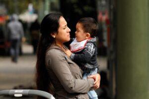 Crisis en las pensiones de alimentos, un derecho no garantizado para niñas, niños y madres